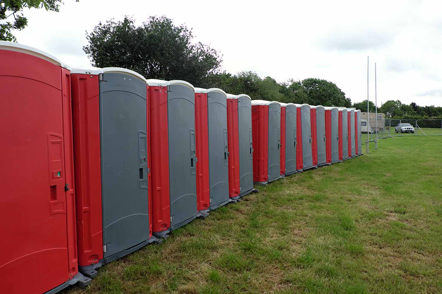 Different Versions of Luxury Portable Toilets